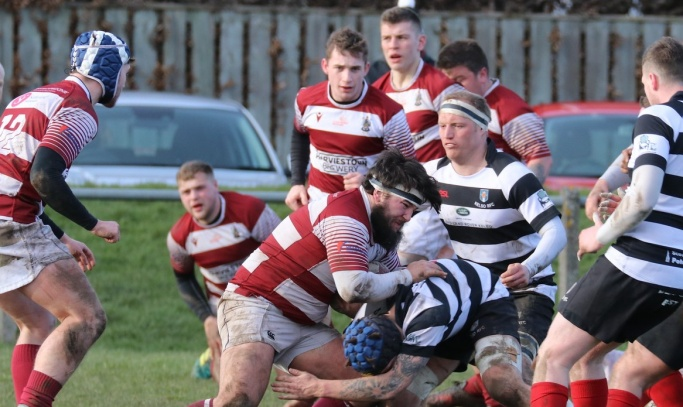 Match report: 1st XV battle, but late scores see them go down at Kelso